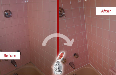 Before and After Picture of a Goodlettsville Bathtub Caulked to Eliminate Mold