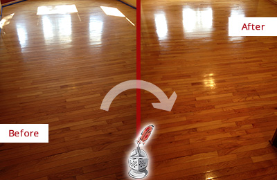 Before and After Picture of a Green Hills Wood Sand Free Refinishing Service on a Room Floor to Remove Scratches